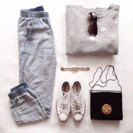 Easy outfit for quick flight, lunch and a bit of browsing